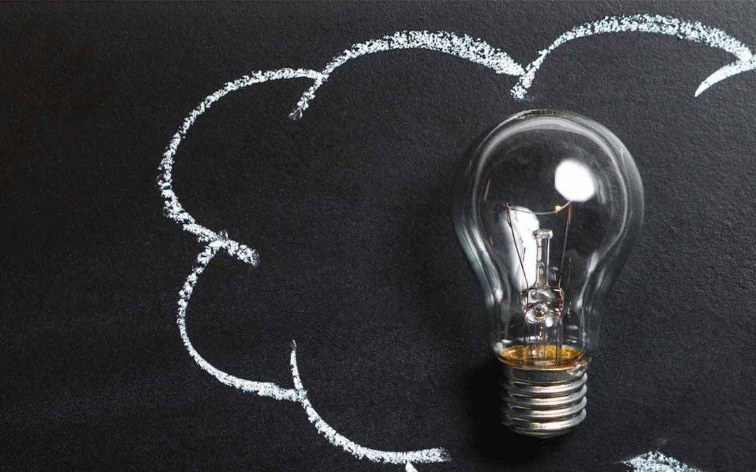 Kinek higgyünk az interneten? – Tippek az álhírek kiszűrésére a netes cikkekben